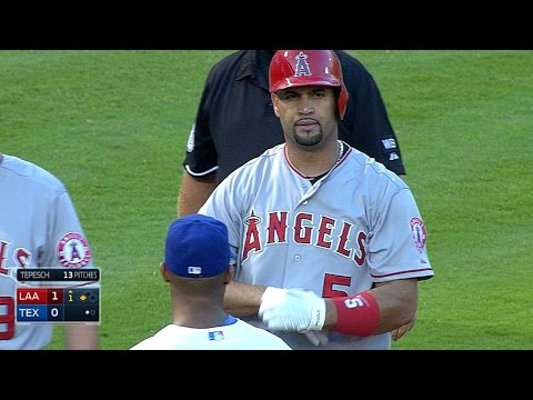 LAA@TEX: Pujols falls a home run shy of the cycle