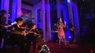 Alizée - 2001-10-27 - Performance - Moi... Lolita - Top Of The Pops [HQ]