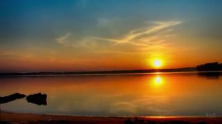 Заходит солнце и закат пылает - христианские стихи