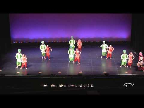New Bhangra Empire  Bruin Bhangra 2009.mp4 video