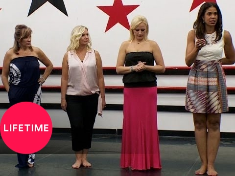 Dance Moms: Moms' Take: Nia Gets Her Chance (S4, E28)