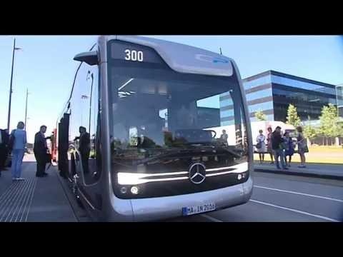 """Test met zelfrijdende bus op openbare weg geslaagd: """"Dit is de toekomst"""""""