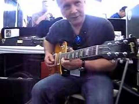 Playing the REAL Peter Green Les Paul