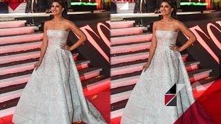 jacqueline-fernandez-bollywood-stars-toifa-celebration