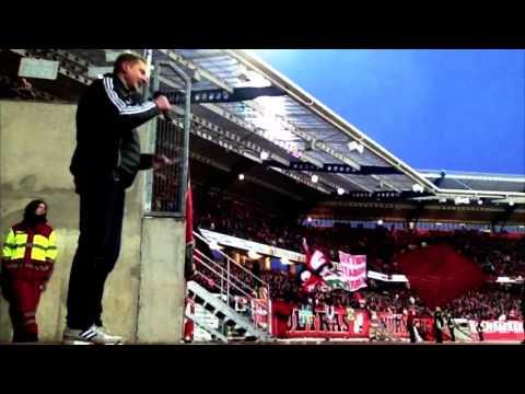 1.FC Nürnberg - Clubstadionsprecher bei der Mannschaftsaufstellung