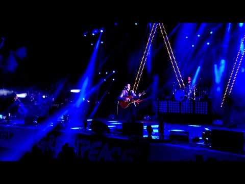 Arctic Monkeys - Mardy Bum @ Glastonbury 2013 [HD]