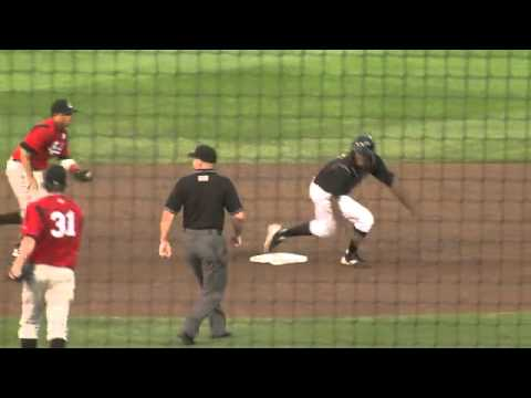 Triple Play After Ball Bounces Off Centerfielder s Head