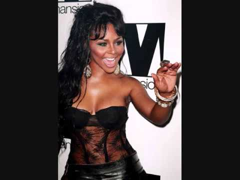 Lil Kim - Off The Wall