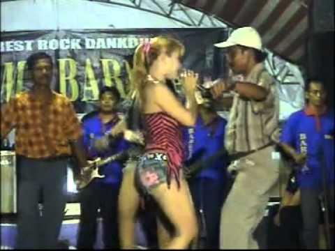 Dangdut Hot!! Sukma Bareta - Surabaya *gelang Alit, Putri Oc & Lilis *(240212) video