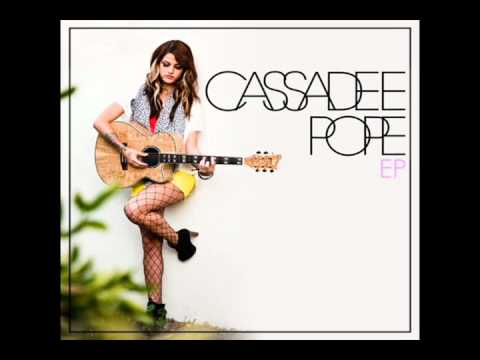 Cassadee Pope-secondhand (lyrics) video