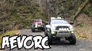 RC Trailing - Tamiya Tundra Rescues SCX10 Jeep Wrangler Rubicon [1080p]