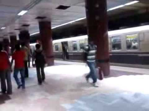 Calcutta Metro Rail - Oldest and Cheapest Indian Metro Rail Video