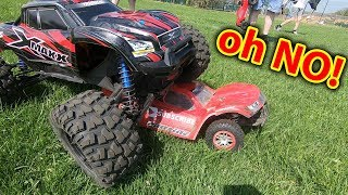RC Bully!  Traxxas X-Maxx vs Slash 4x4 RC Car Battle - EPiC Bash day out!