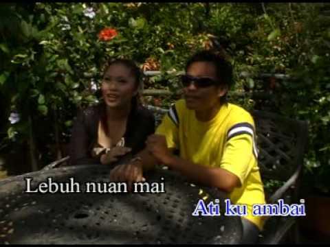 Ambai Bujang Engkala - Lucy M video
