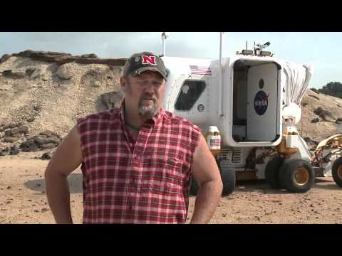 Git r Done Larry The Cable Guy Guy Quot Says Quot Git r Done