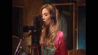 Watch Alison Krauss Away Down The River video