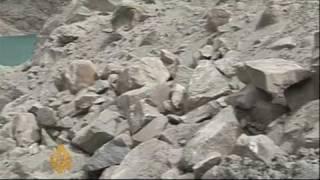 Floods imperil Pakistani villages