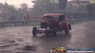 LOUD32 BLOWN V8 FORD COUPE HOTROD PLAYING IN THE RAIN AT KANDOS 2015