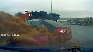 Fail Compilation of Driving in Russia OCTOBER 2016 #51