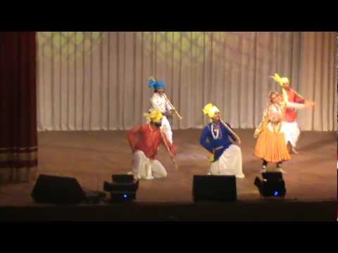 Haryanvi Dance Performance In Belarus By Ocean The Group video
