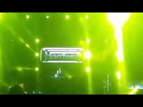 Hardwell Got Angry On Crowd!!!!!! Music Stopped!!! {MUST WATCH},🤔😱😵😤