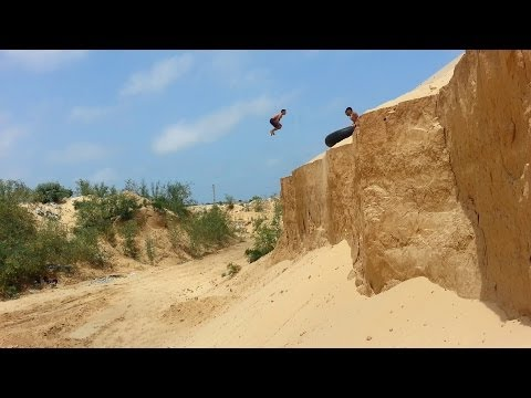 Awesome !! The Best Parkour & freerunning team 3run gaza parkour (2013-2014)