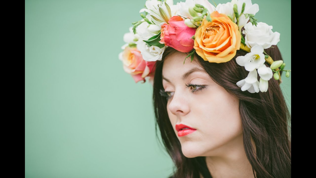 Girl with flower crown tumblr crazywidowfo girl with flower crown tumblr izmirmasajfo