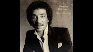 Watch Smokey Robinson Tell Me Tomorrow video