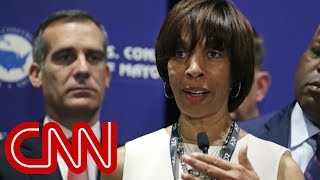 Baltimore mayor takes leave amid book deal scandal