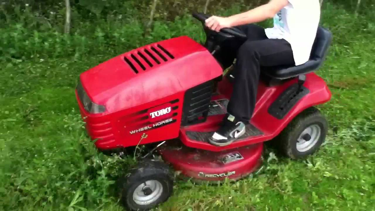 toro wheel horse 12-32 xl moving high weeds