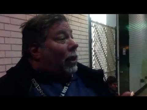 EXCLUSIVE: Steve Wozniak in Line for iPad 3 at Apple Store