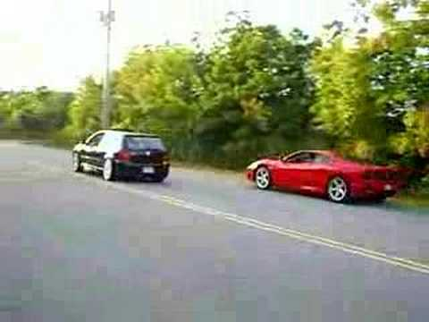 Stock R32 vs Stock Ferrari...Ferrari Driver was not pushing it, or not a good driver (LOL)...He passed me in 3rd gear.