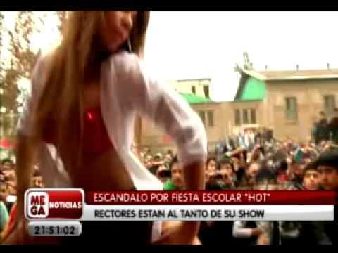 fiesta hot en colegio inba de Santiago.mp4