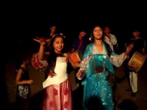 danse tunisienne au BLED, le jour avant le mariage :)))
