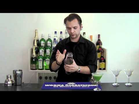 Cocktails.de - Shake Technik (Shaken)