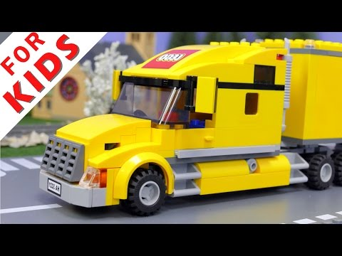 LEGO City Truck  3221 Crash at a road crossing
