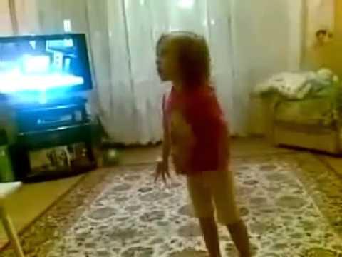 Девочка ругает родителей!ржачь полный!