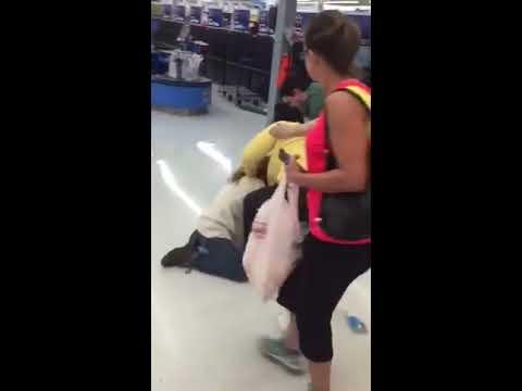Walmart fight in Deer Park Texas