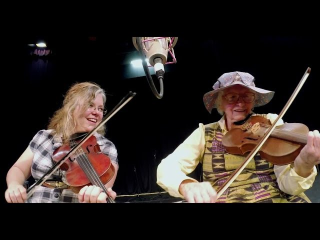 Ozark musicians find friendship through fiddling