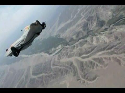 Caída libre con trajes de vuelo sobre las Líneas de Nazca