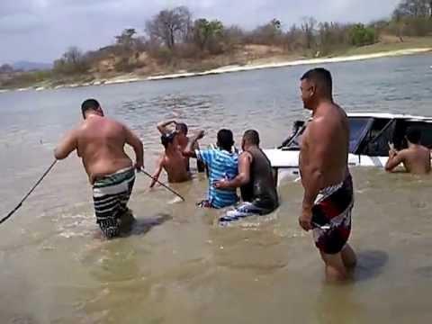 camioneta ahogada en rio verde guarico