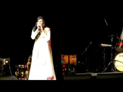 Shreya Ghoshal LIVE in Columbus - Tujh Mein Rab Dikhta hai