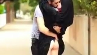 Iran girl give HOT kiss to a unknown