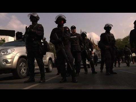 Riot police clear protest sites in Bangkok