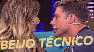 Beijo Técnico - Tatá Werneck + Cauã Reymond - Lady Night - Humor Multishow