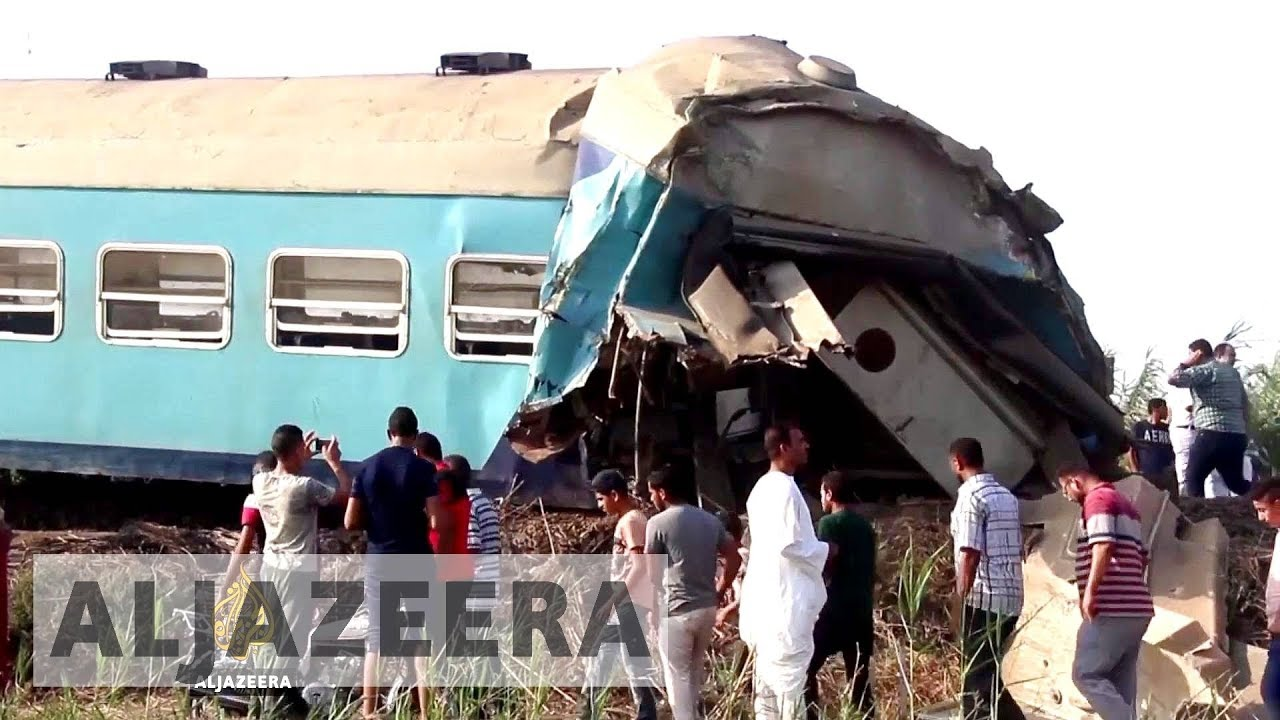 Egypt: Dozens killed in Alexandria train collision