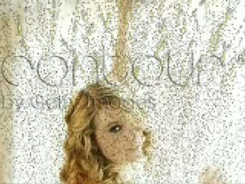 Taylor Swift: Contour By: Getty Images pictures!