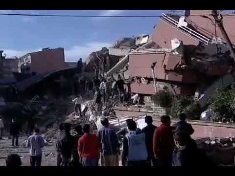 Van'da Deprem (Earthquake in Turkish eastern region Van)