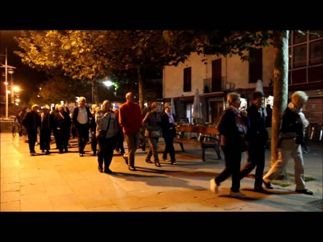 Manifestazioa Ondarroako kaleetan zehar