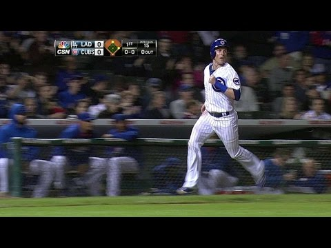 LAD@CHC: Valbuena drives in Coghlan with sharp single